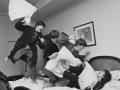 Драка подушками Beatles