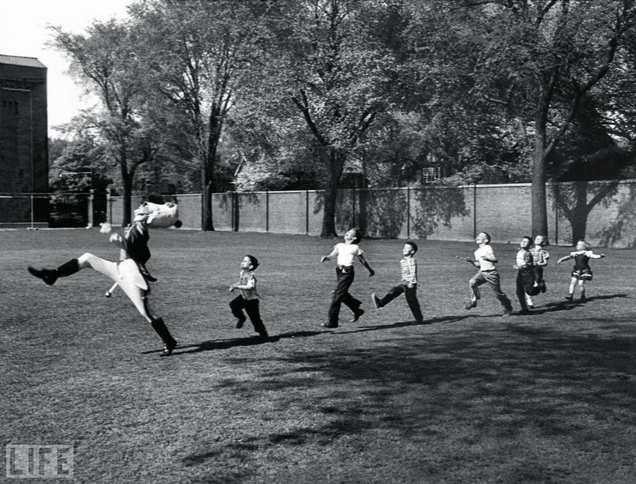Pied Piper of Ann Arbor. Photo by Alfred Eisenstaedt, 1950