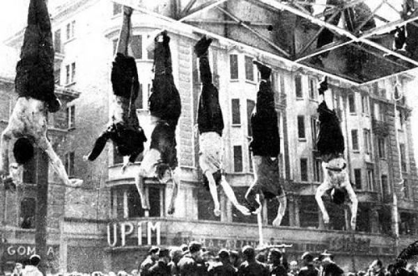 benito-mussolini-body-hanging-upside-down-with-others-1045