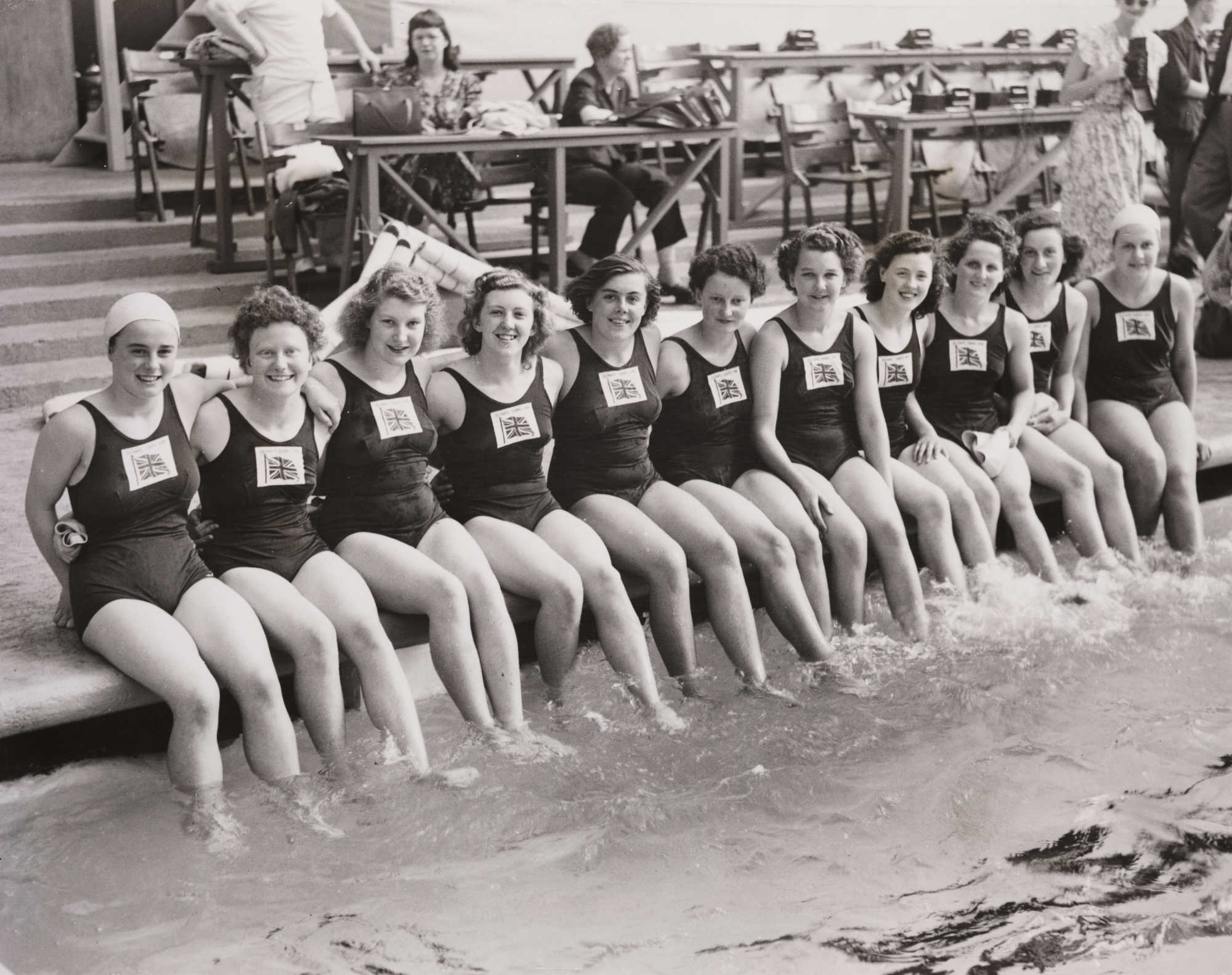british-women's-olympic-swimming-team-london-1948