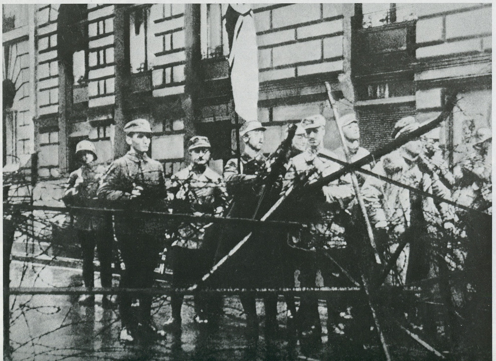 fighters-of-ryoma-who-had-seized+the-building-of-the-war-ministry-during-the-beer-hall-putsch-munich-1923