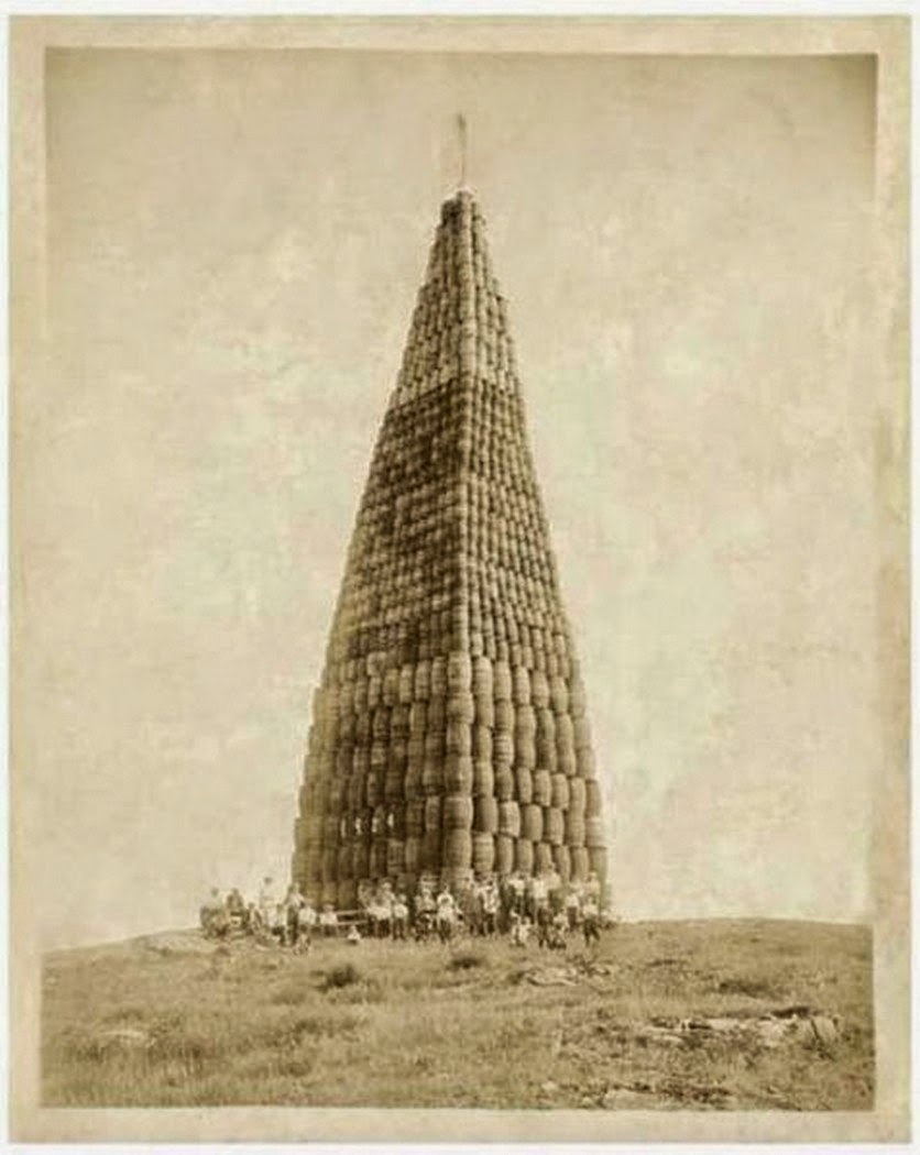 hundreds-of-barrels-containing-alcohol-about-to-be-torched-during-prohibition-1924