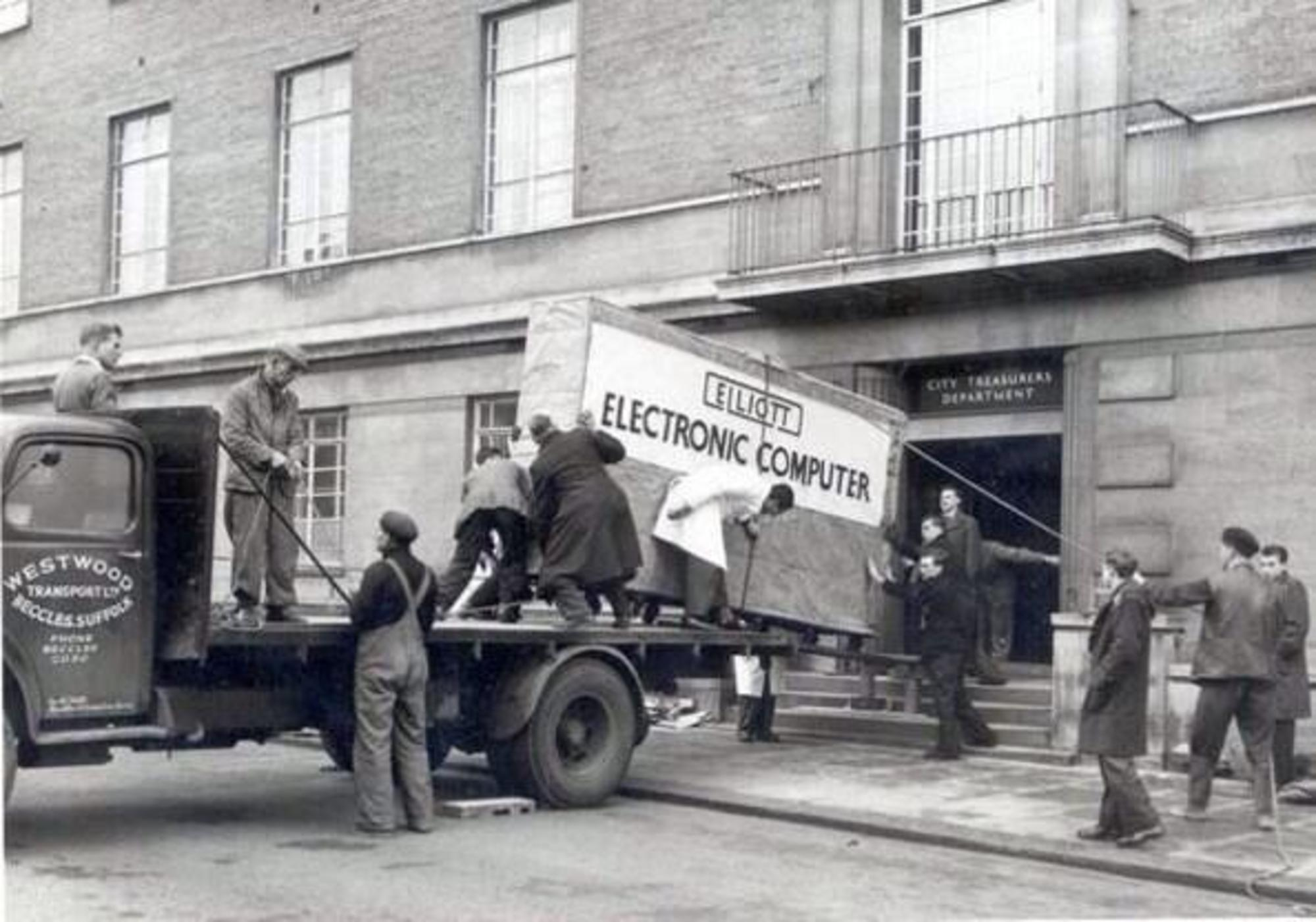 norwich-city-council-first-computer-being-delivered-to-the-city-treasurer-department-in-bethel-street-norwich-1957