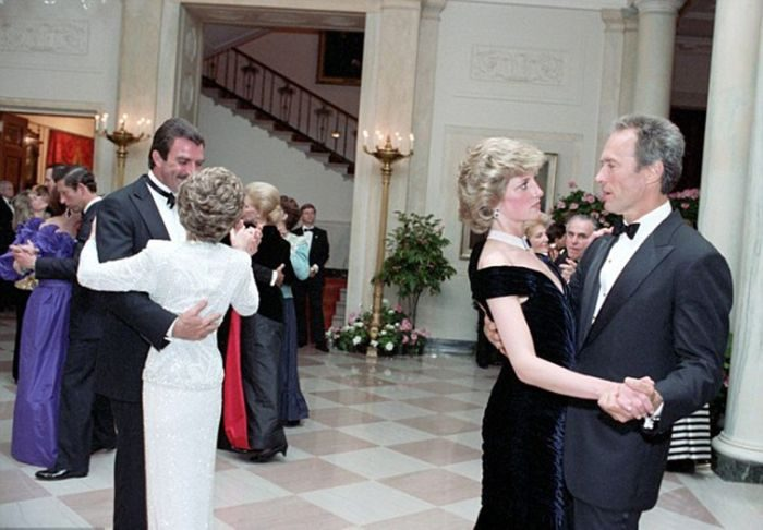 princess-diana-dresses-clint-eastwood-1985