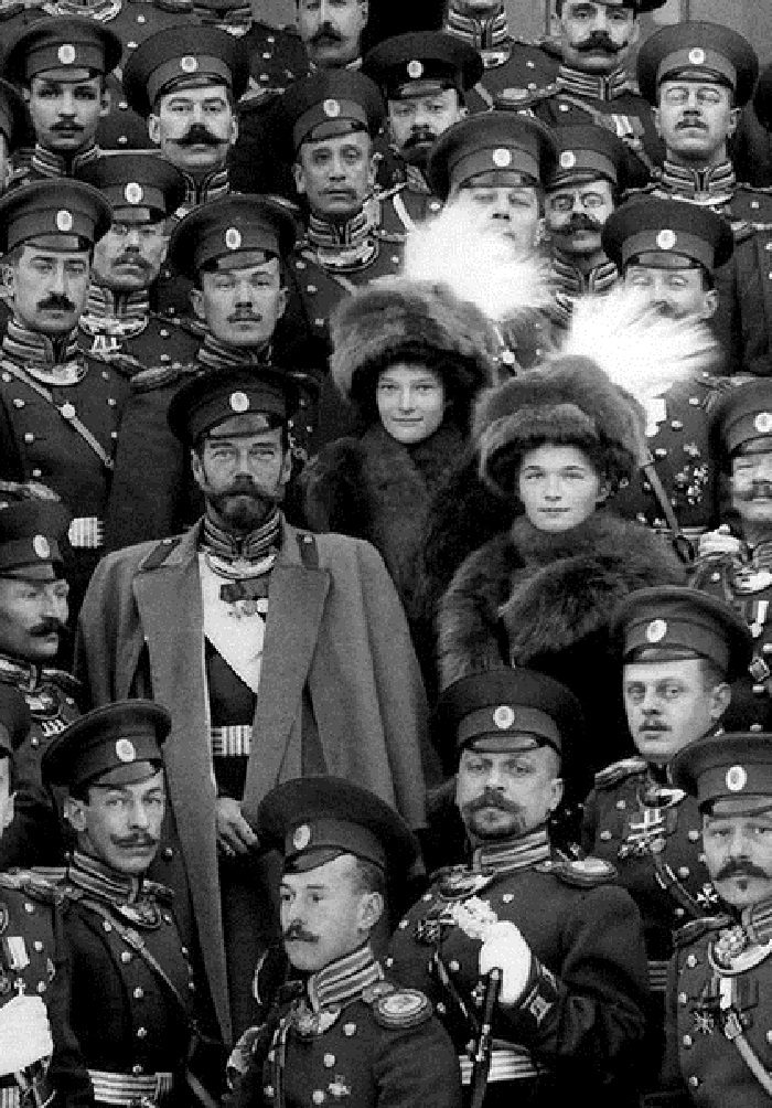 Nicholas II and his daughters Tatiana Nikolaevna, Olga Nikolaevna, 1914