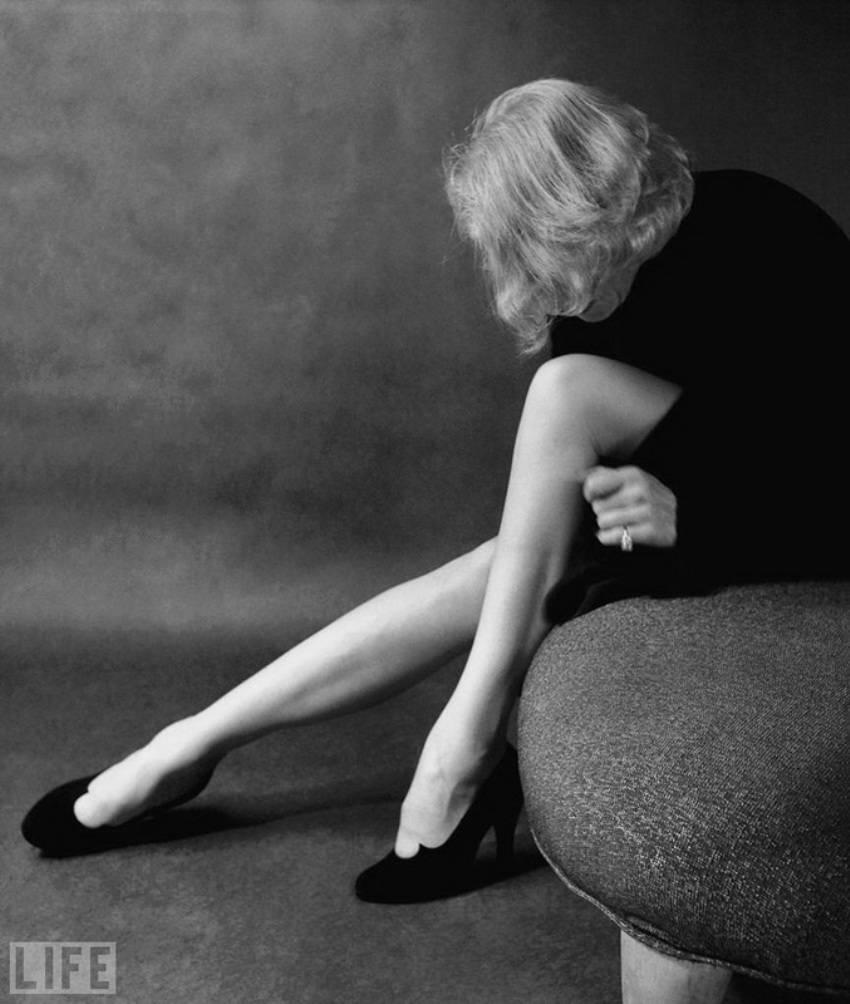 marlene-dietrich-by-milton-greene-1952