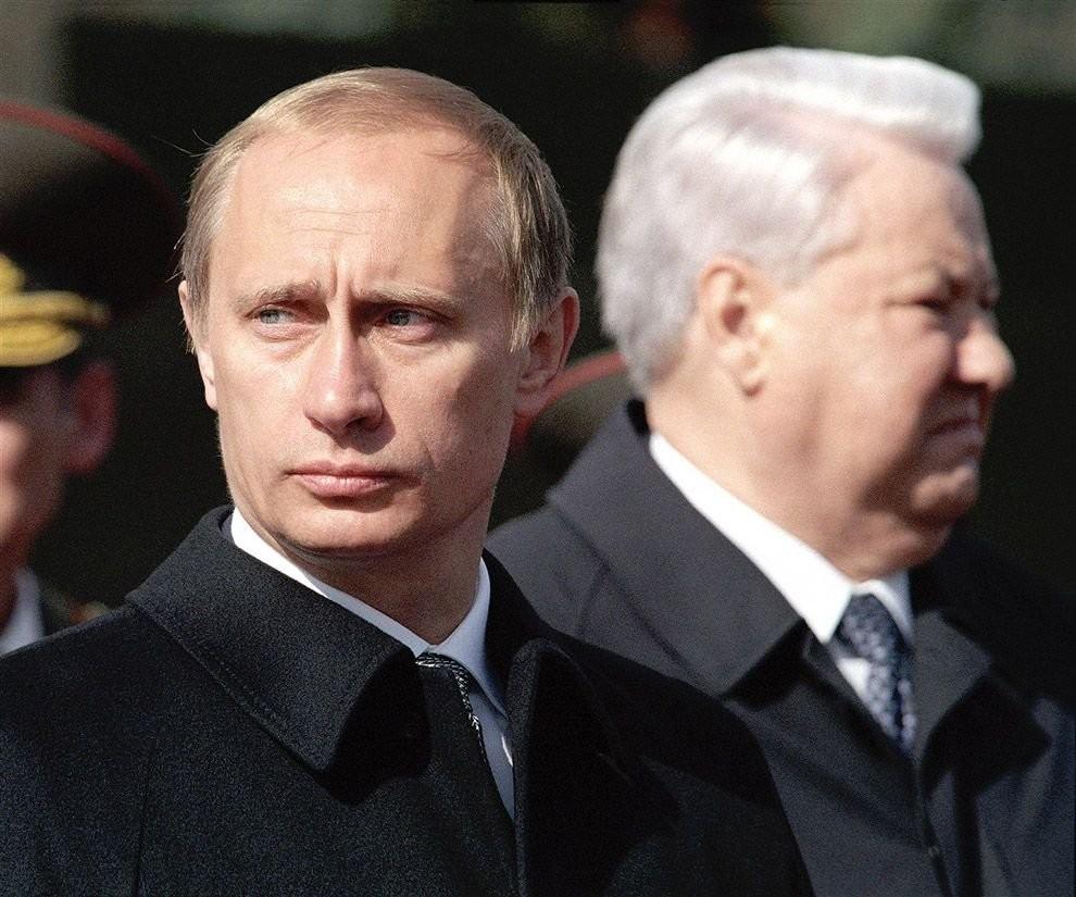 new-prime-minister-vladimir-putin-and-former-president-boris-yeltsin-moscow-yuri-abramochkin-2000